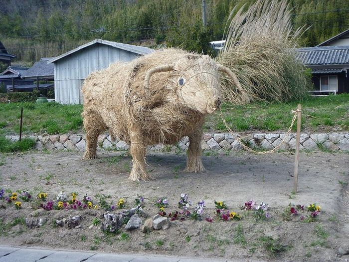 Straw Beasts