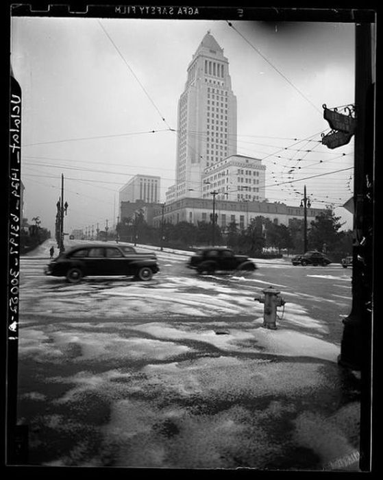 Los Angeles from 1898 to the 1960s