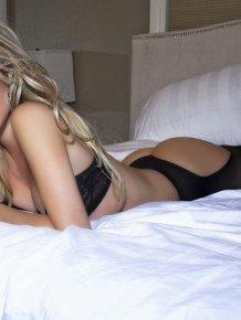 Tiffany Toth – sexy pics