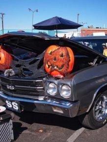 Halloween cars