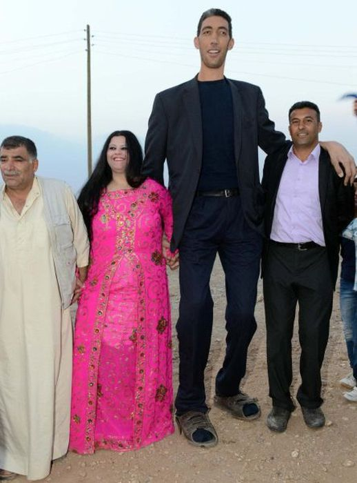 The Tallest Man in the World Gets Married