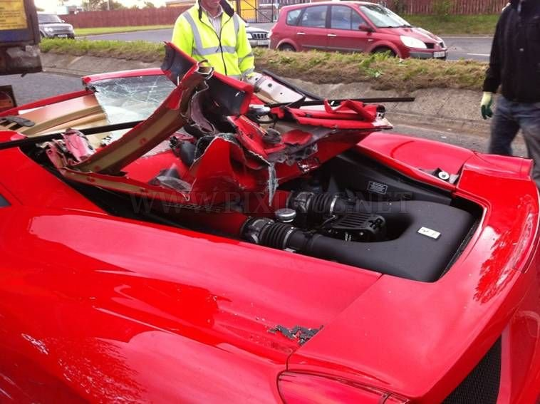 Crashed Ferrari 458 Italia