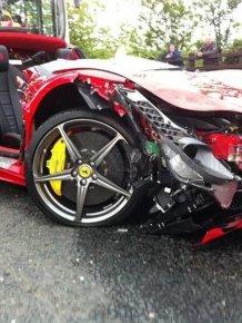 Crashed Ferrari 458 Italia