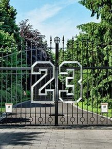 Michael Jordan's Mansion Is Up For Sale for $29 Million