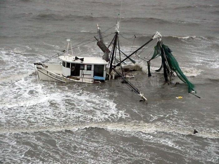 Crashed Yachts
