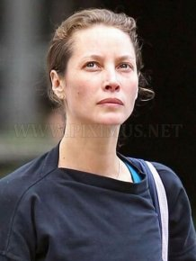 Christy Turlington Without Makeup
