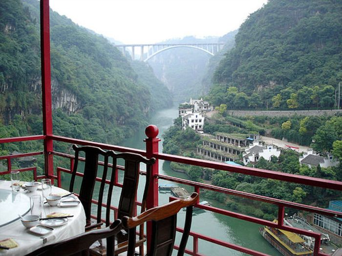 Restaurant on the Cliff