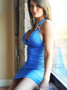 Hot girls in sexy tight dresses