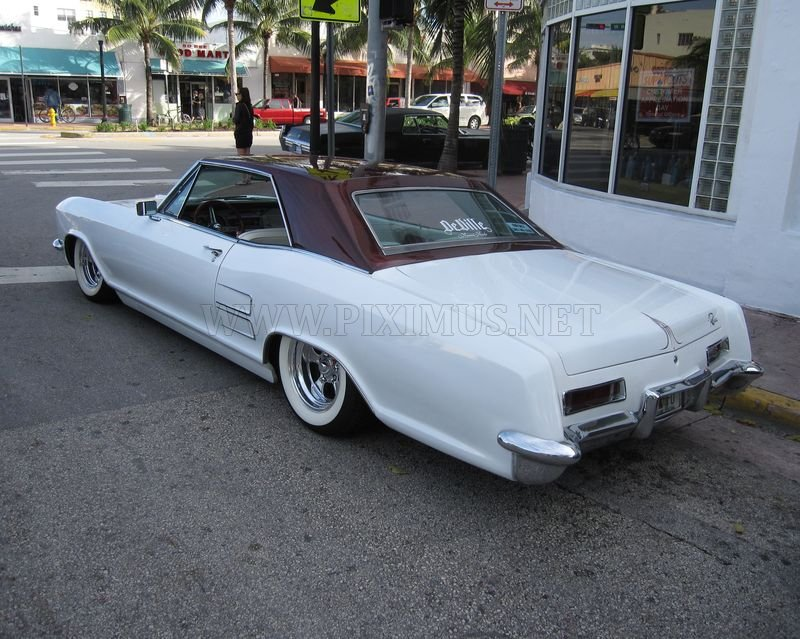 Coolest cars in Miami