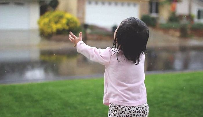 Little Girl Sees Rain for the First Time