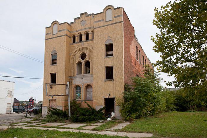 Abandoned Churches of Detroit