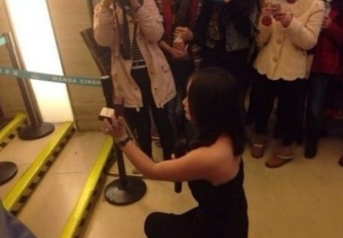 Girl Proposes to Her Boyfriend