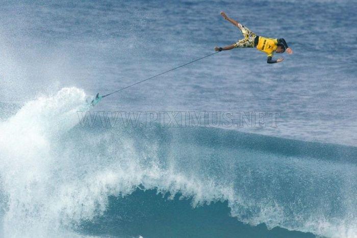 Surfing Photos