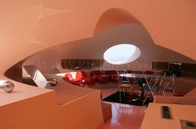 Pierre Cardin's Palais Bulles