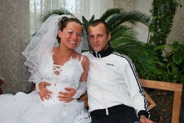 A groom who got married wearing an Adidas tracksuit