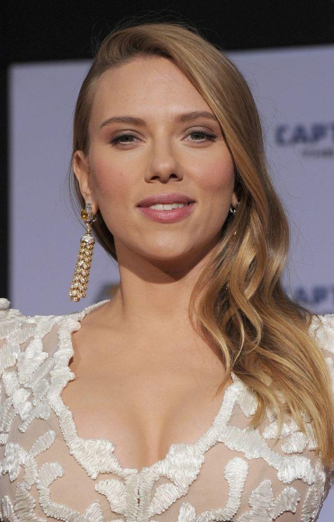 Scarlett Johansson at Captain America 2 Premiere