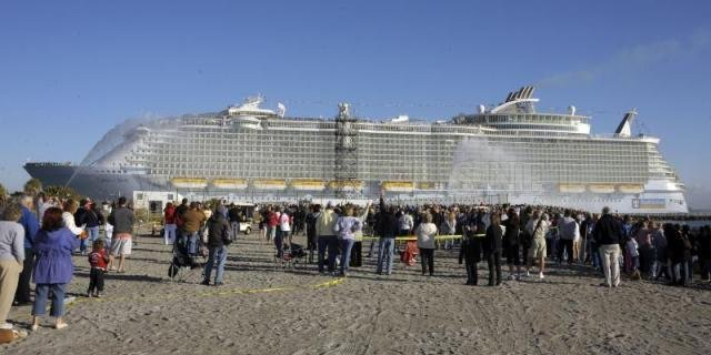 World's Biggest Cruise Ship Ever