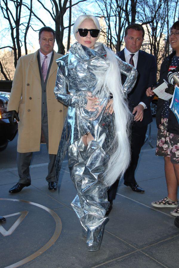 Lady Gaga Wraps Herself