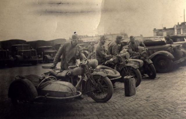 The Second World War Motorcycles