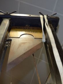 Guillotine for Sale