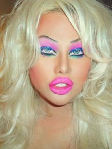 A Transsexual Who Wants to Look Like a Sex Doll