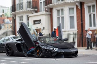 Wrecked Lamborghini Aventador in London