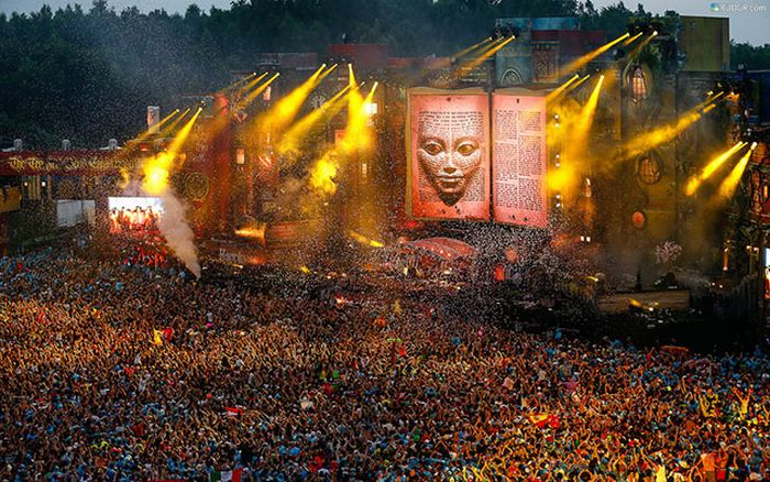 Cool EDM Festival Stages
