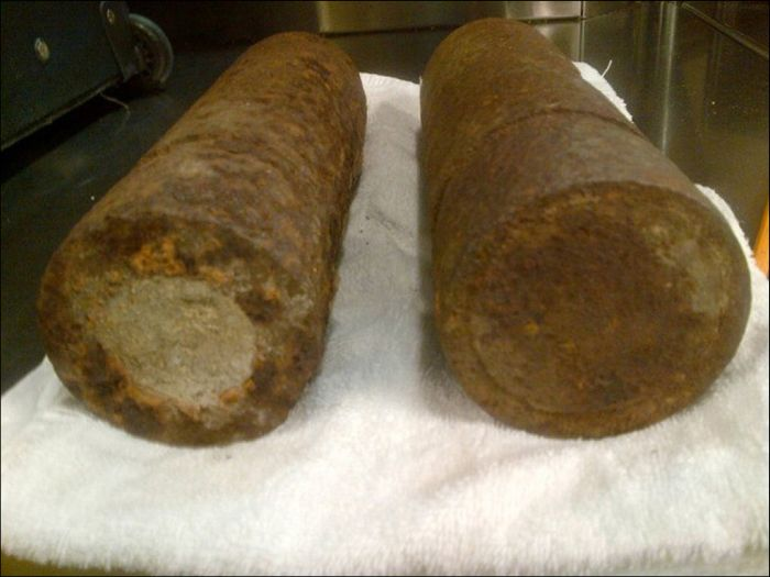 WWI Artillery Shells Found in Luggage at O'Hare