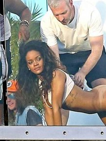 Very Hot Rihanna Photoshoot