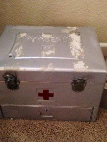 Japanese WW2 Med Kit