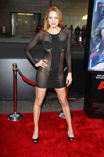 Maitlan Ward Went To A Movie Premiere Without Panties