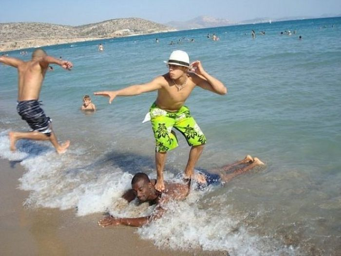 Epic Pictures Of Wins And Fails At The Beach