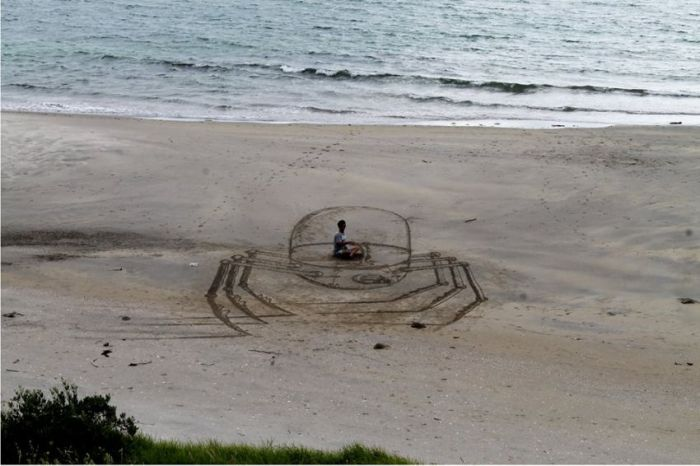 Amazing 3D Art At The Beach