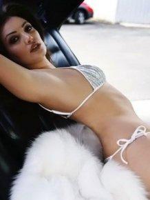 Bleona Qereti – hot pics