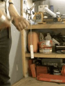 These Homemade Wolverine Claws Are Insane(4 gifs)