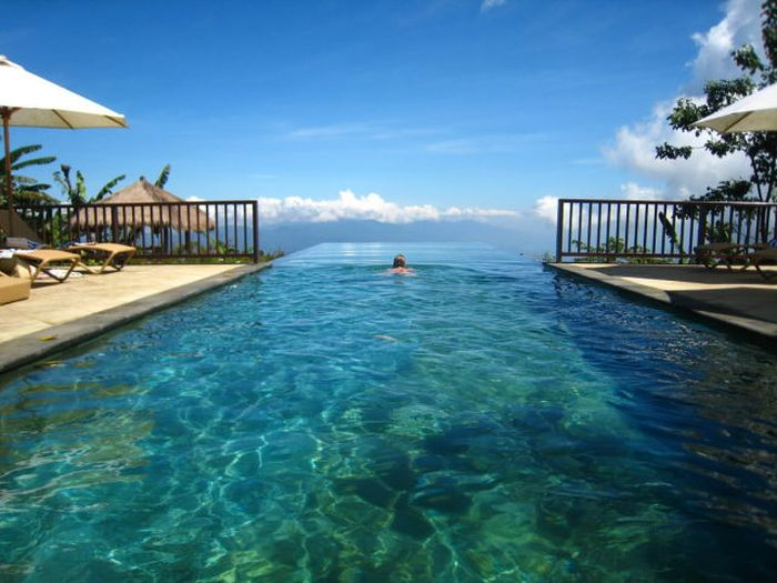 the worlds most amazing infinity pools - World S Most Amazing Swimming Pools