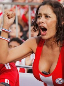 Hot Girls In The Stands At The 2010 World Cup