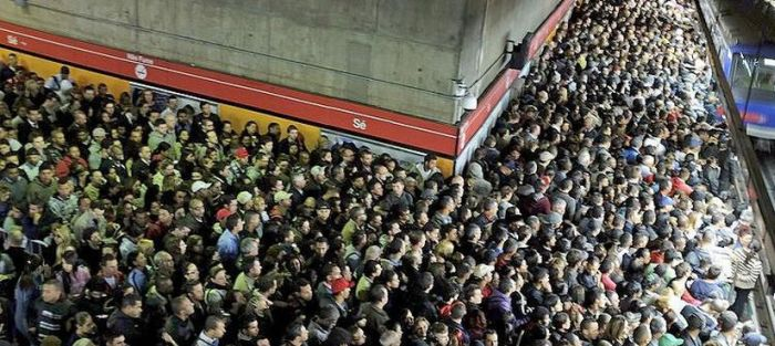 So Many People Riding The Subway In Sao Paulo