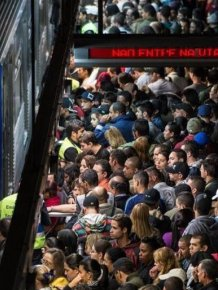 So Many People Riding The Subway In Sao Paulo