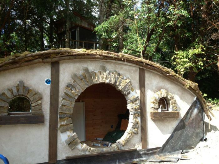 This Is How You Build A Hobbit House