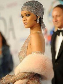 Rihanna's See Through Dress Is The Hottest Thing Ever