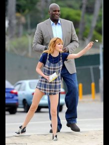 Shaq Makes Everyone Else Look Tiny