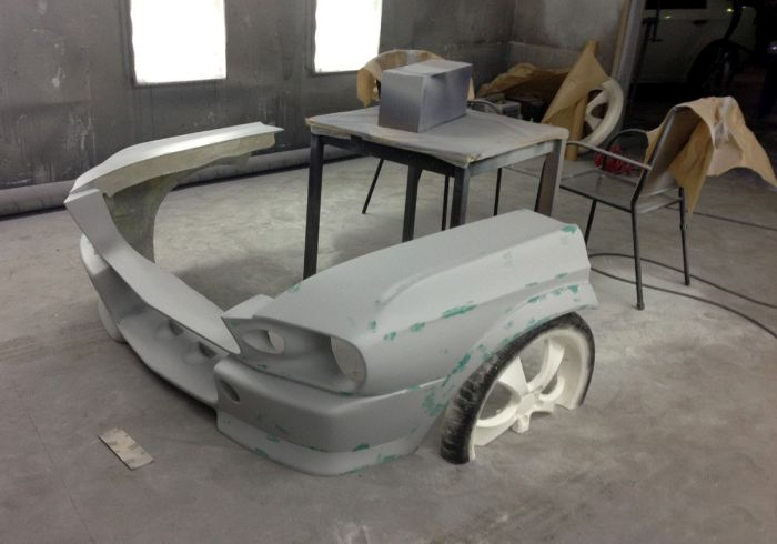 Man Turns Ford Mustang Into A Couch