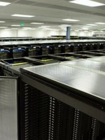 Inside a Facebook Server Farm