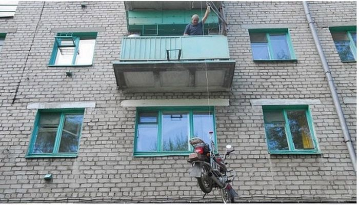 How To Park A Motorcycle On A Balcony