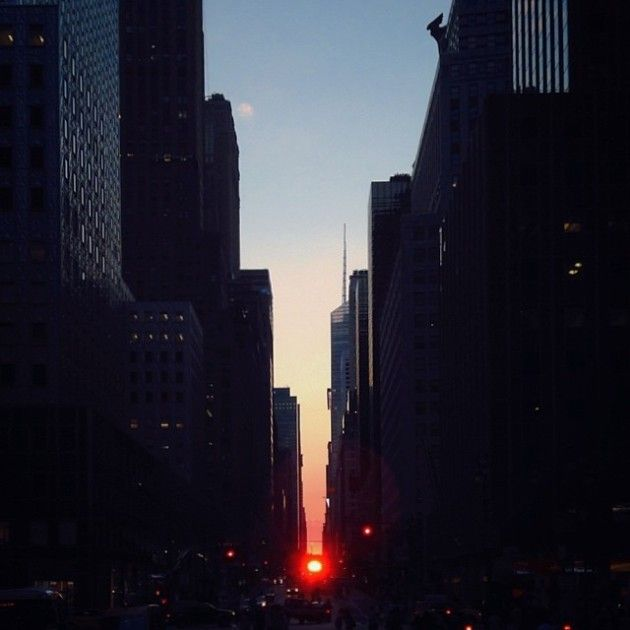 Beautiful Shots Of The Sun From Manhattan