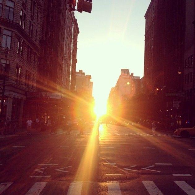 Beautiful Shots Of The Sun From Manhattan