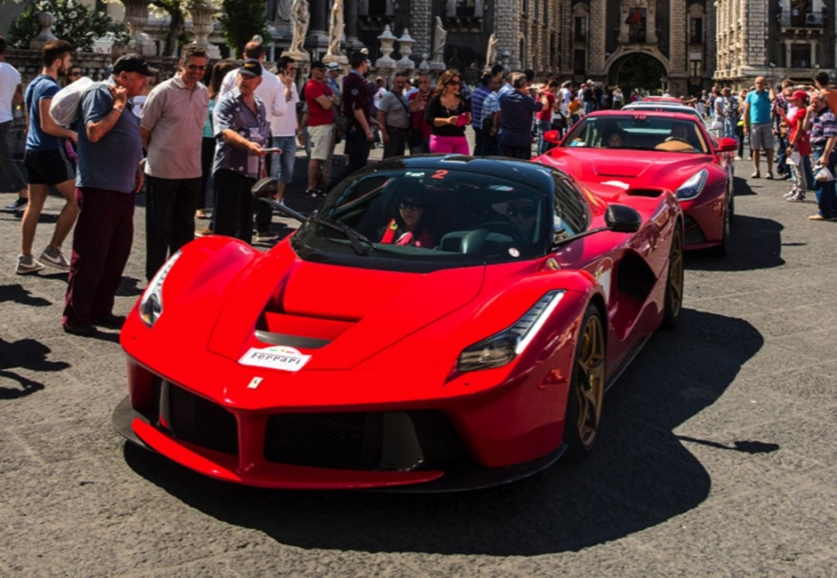 Ferrari F12 Berlineta - TRS