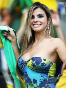 Hot Babes Represent Their Team At The World Cup