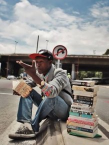 Homeless Hero Is Helping The World Read Books